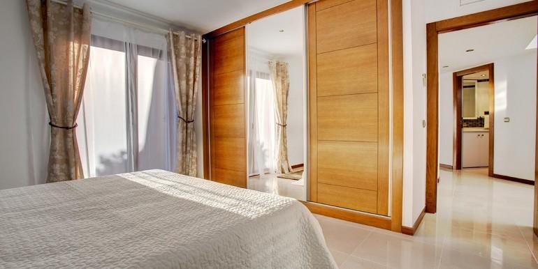 Fully refurbished 4 bedroom villa in La Manga Club Spain bedroom 2-1