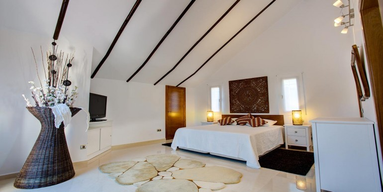 Fully refurbished 4 bedroom villa in La Manga Club Spain bedroom 4