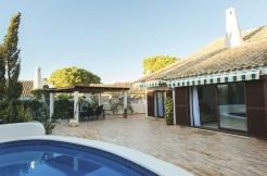 fully refurbished 4 bedroom villa in spain