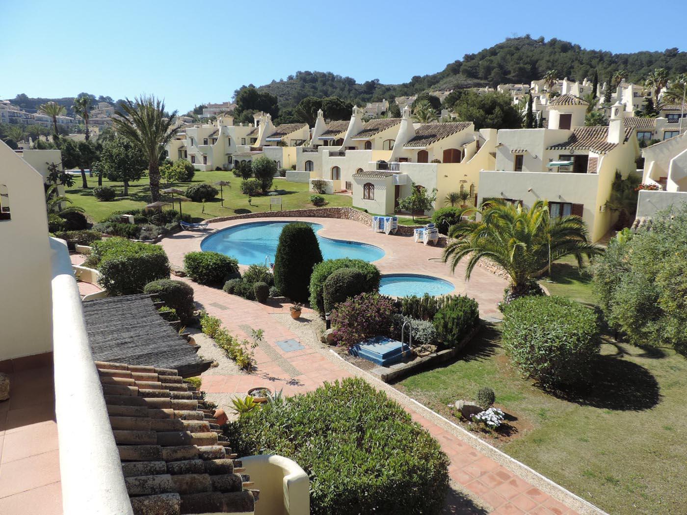 Spectacular views, Community Villa £199.000
