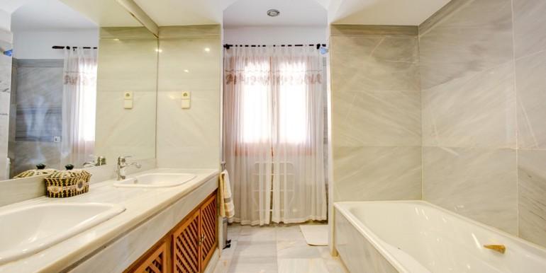 2 Bedroom individual Villa in La Manga Club (8)