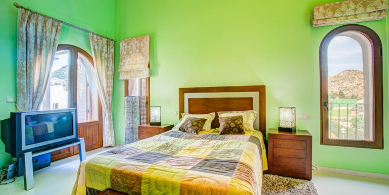 2 bedroom apartment (8)