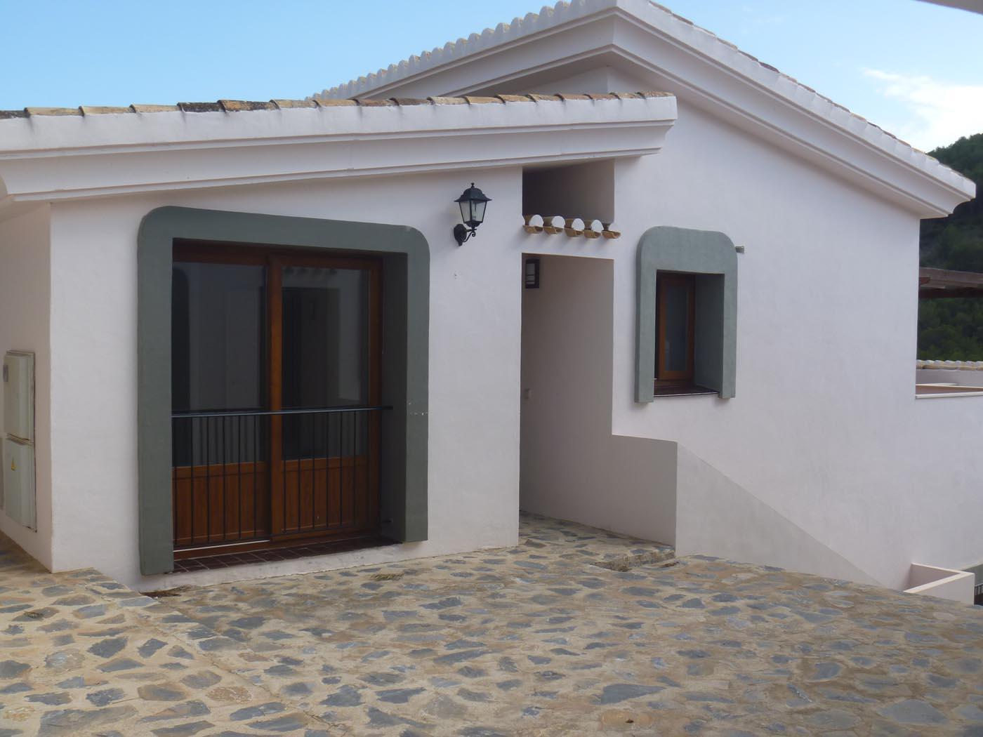 Community 2 Bedroom Villa for Sale in La Manga Club