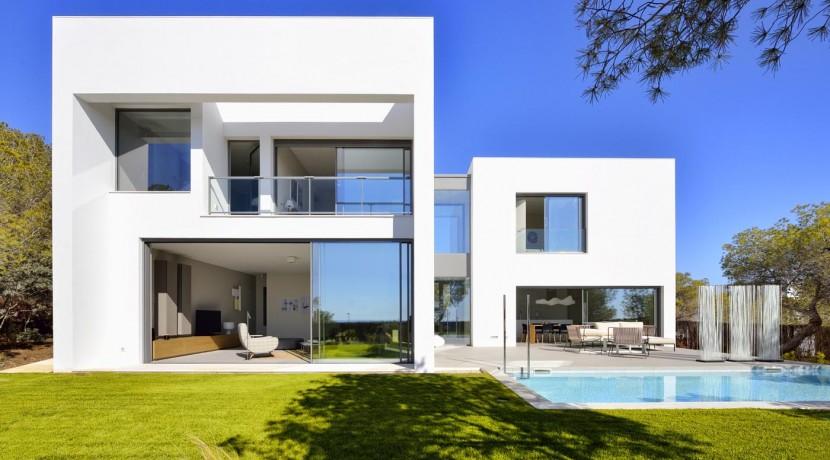 Abubilla Villa for Sale Las Colinas Golf Resort  (front view)